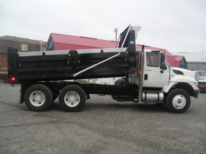 PB300303-656x490